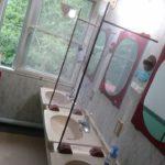 2F洗面所にアクリル板を設置(DIY)